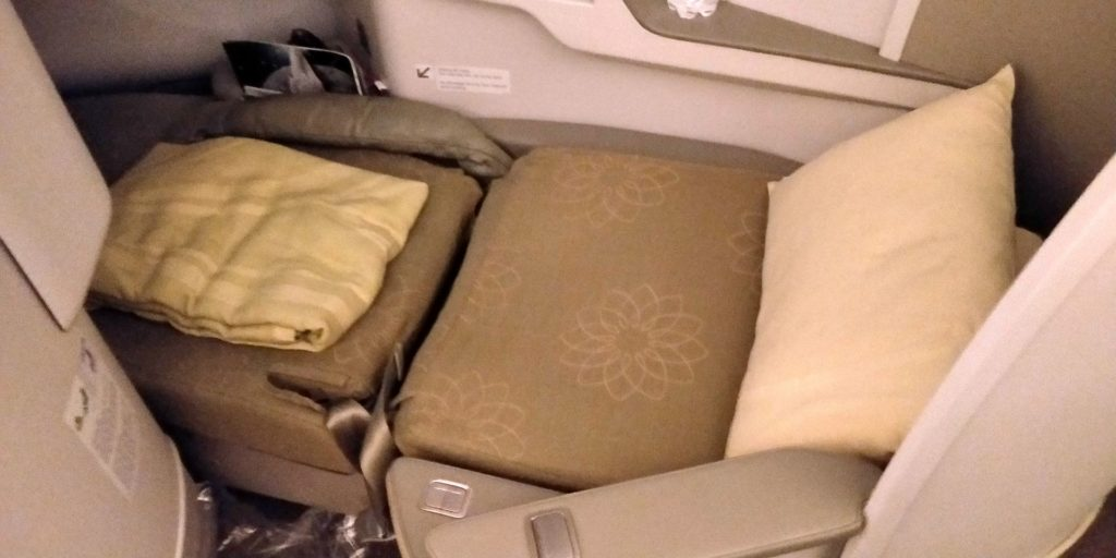 Vietnam Airlines Boeing 787 Business Class Bed