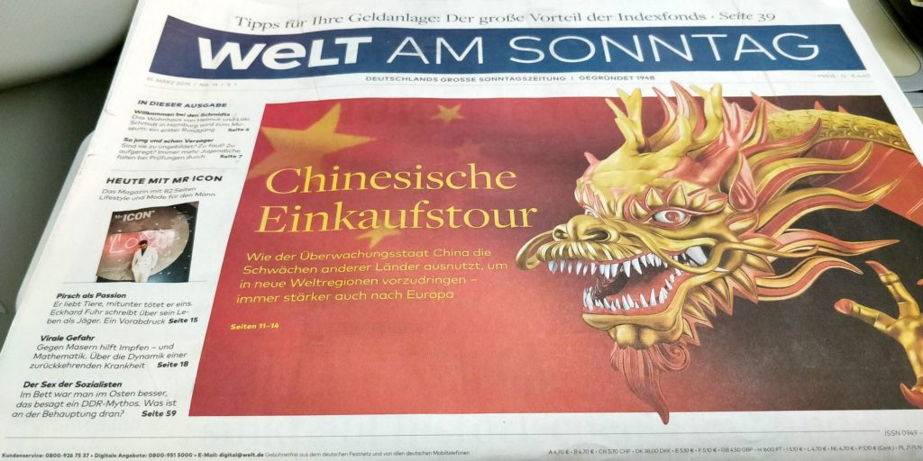 Vietnam Airlines Boeing 787 Business Class Newspaper