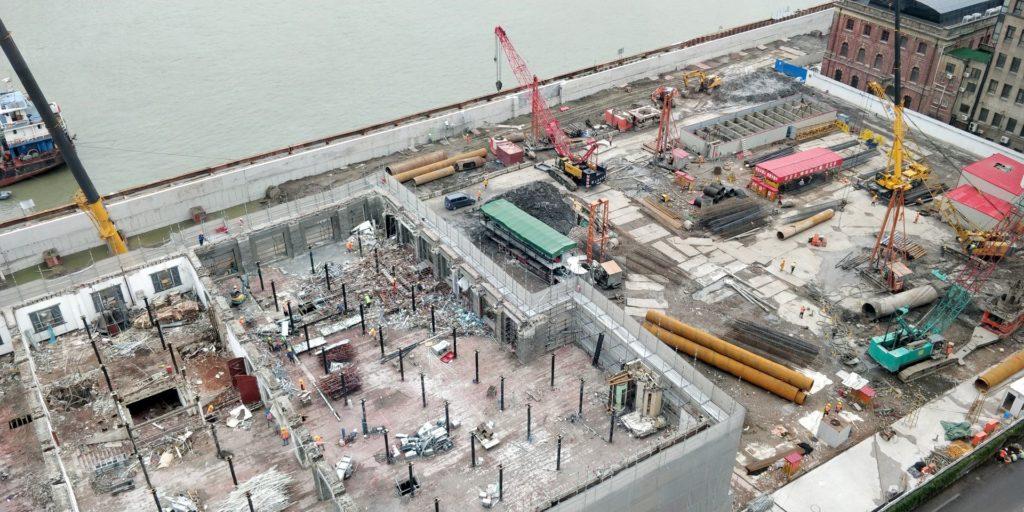 Hyatt on the Bund Shanghai Suite View
