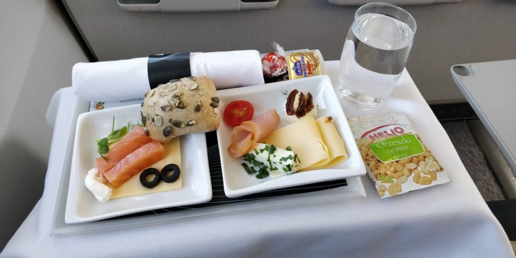 LOT regional Business Class Lunch